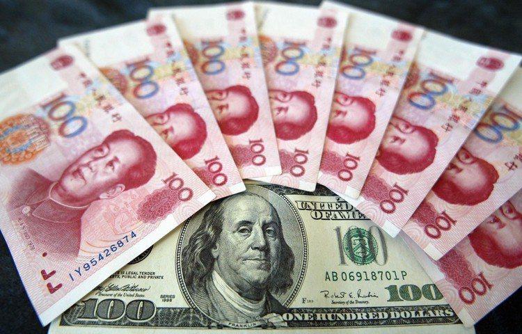 中國官方若透過降息政策增加市場流動性,將帶動中國債券價格彈升。 本報系資料庫