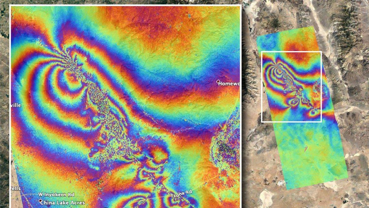 太空總署「萬花筒」衛星地圖顯示地震造成地殼移位。圖/世界日報提供