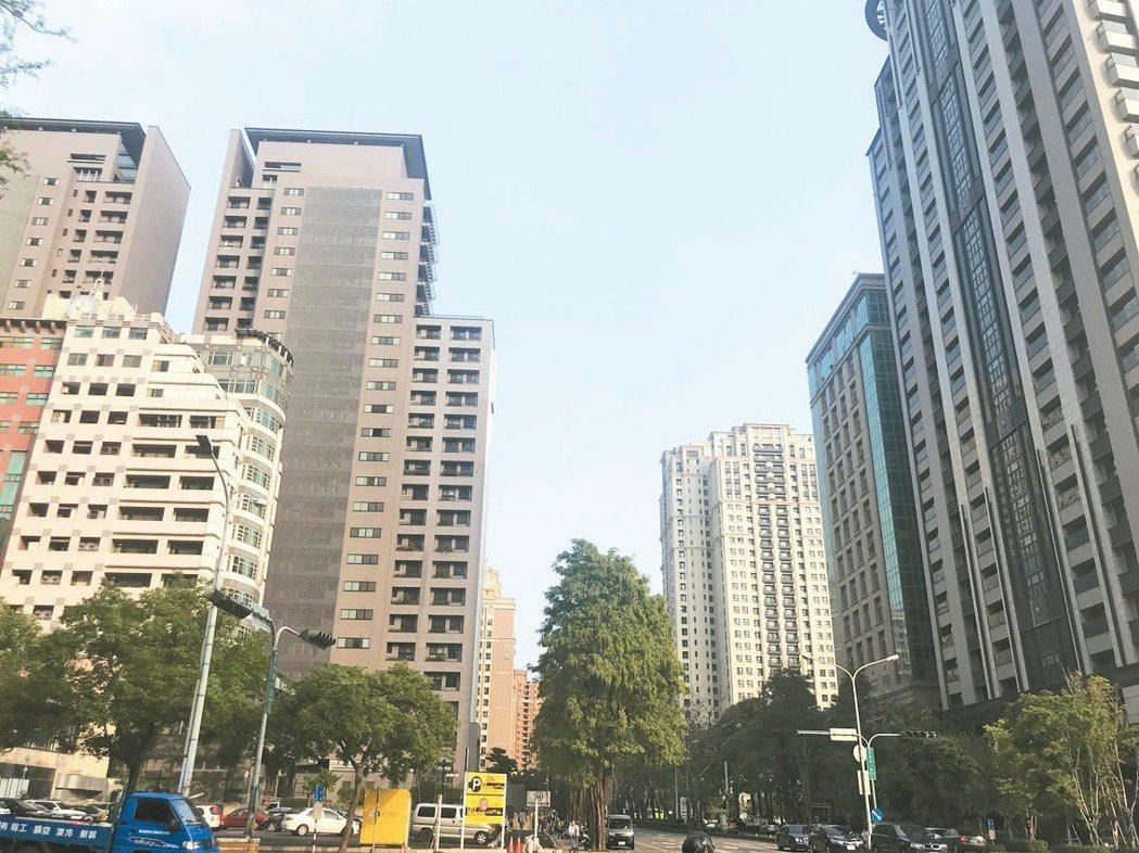 內政部近日發布去年第四季住宅價格指數達100.8,創下統計新高,引發不少討論,不...
