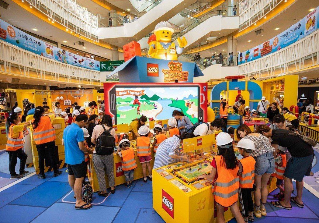 樂高「盒」你這樣玩想像力工廠活動於7月5日起至28日於高雄夢時代展開,邀請大小朋...