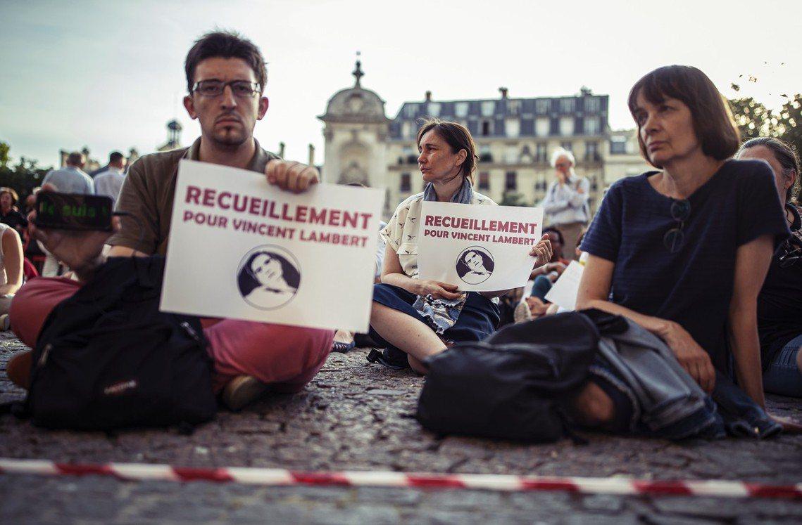 「但願他的死,能為世間帶來啟示。」在法國纏訟11年的「被動安樂死」爭議,因車禍而...