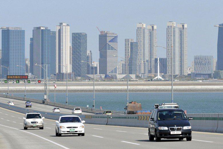 仁川大橋上眺望松島國際都市。 圖/聯合報系資料照