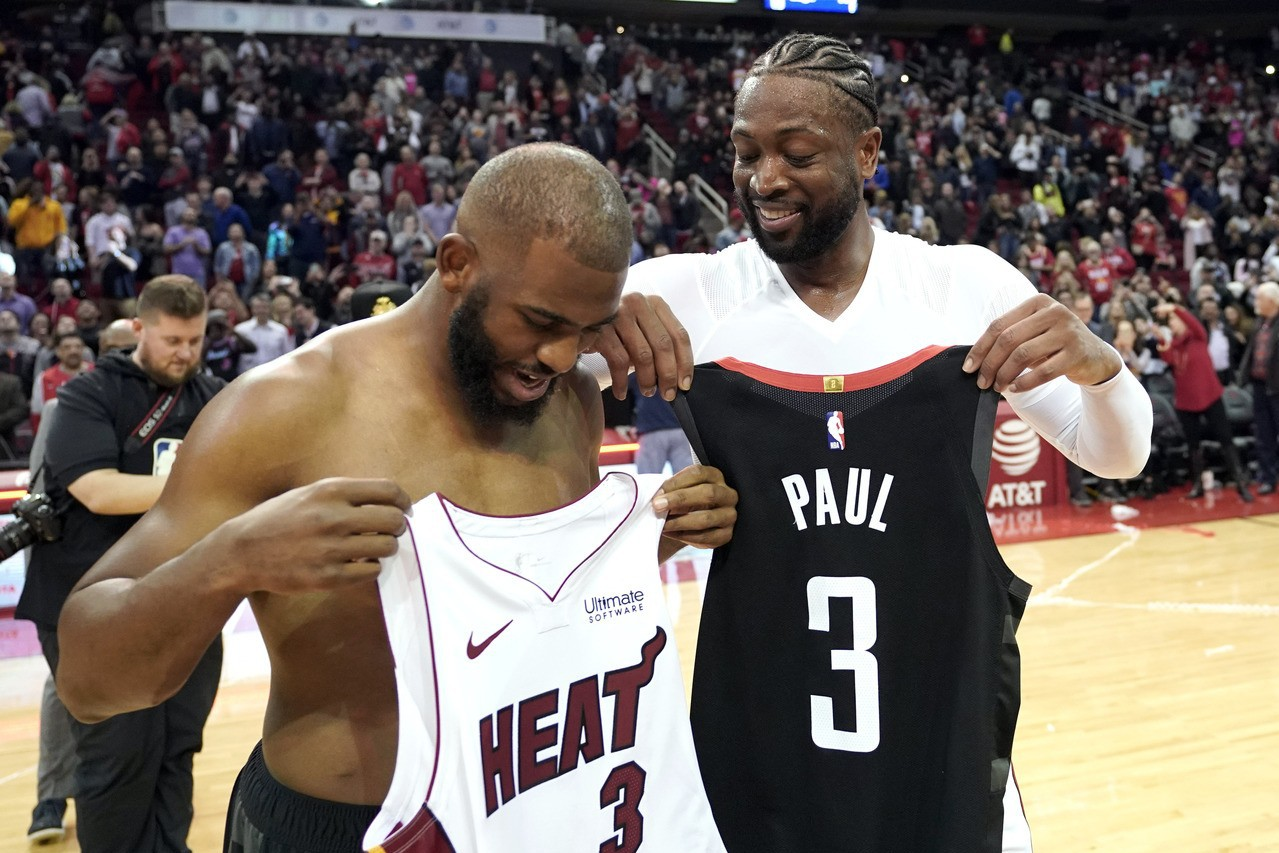 NBA/球星大搬風 韋德:換回球衣要變水貨了