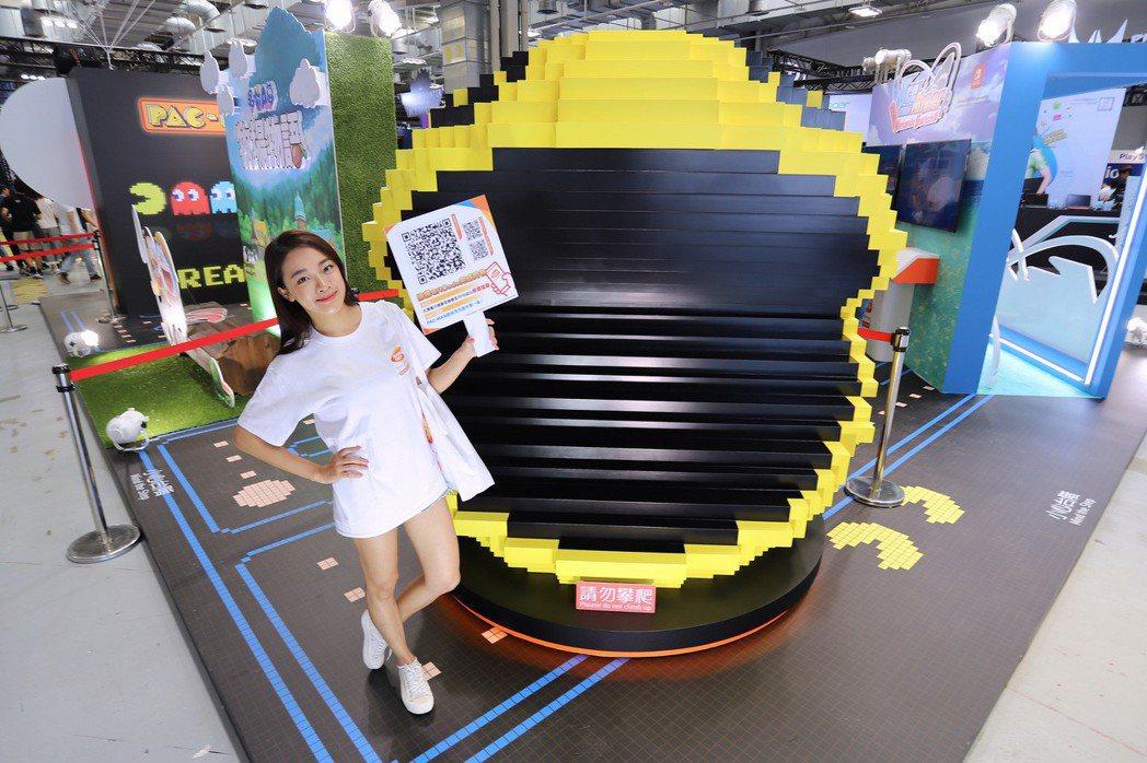 台灣萬代南夢宮娛樂帶來多款未上市Switch遊戲。  彭子豪/攝影