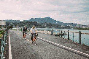 騎單車是熟悉一座城市的好方法。 (攝影/蔡耀徵)