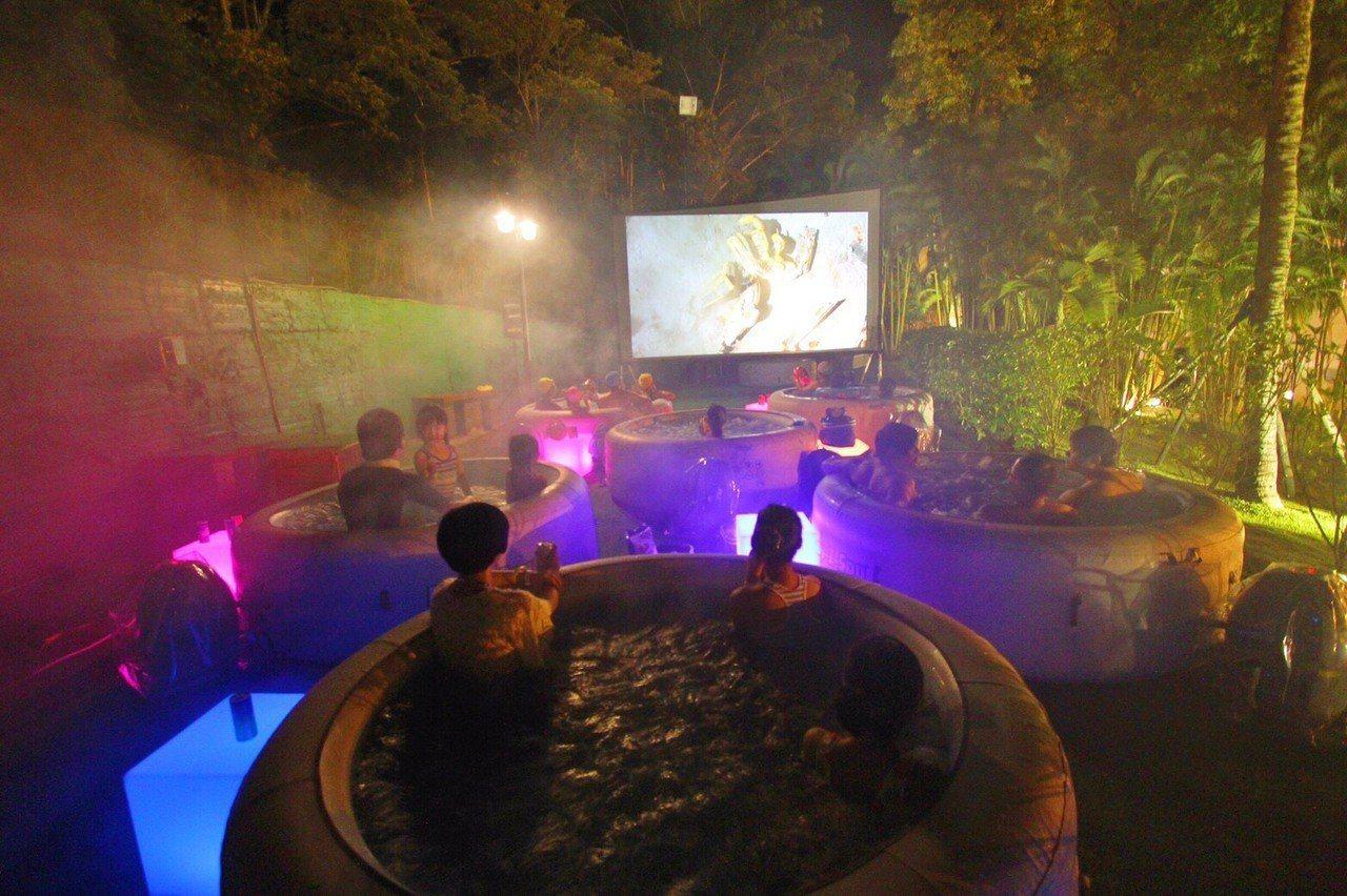 「電影泡泡浴缸」是今夏最鮮體驗。圖/趣淘漫旅台南提供