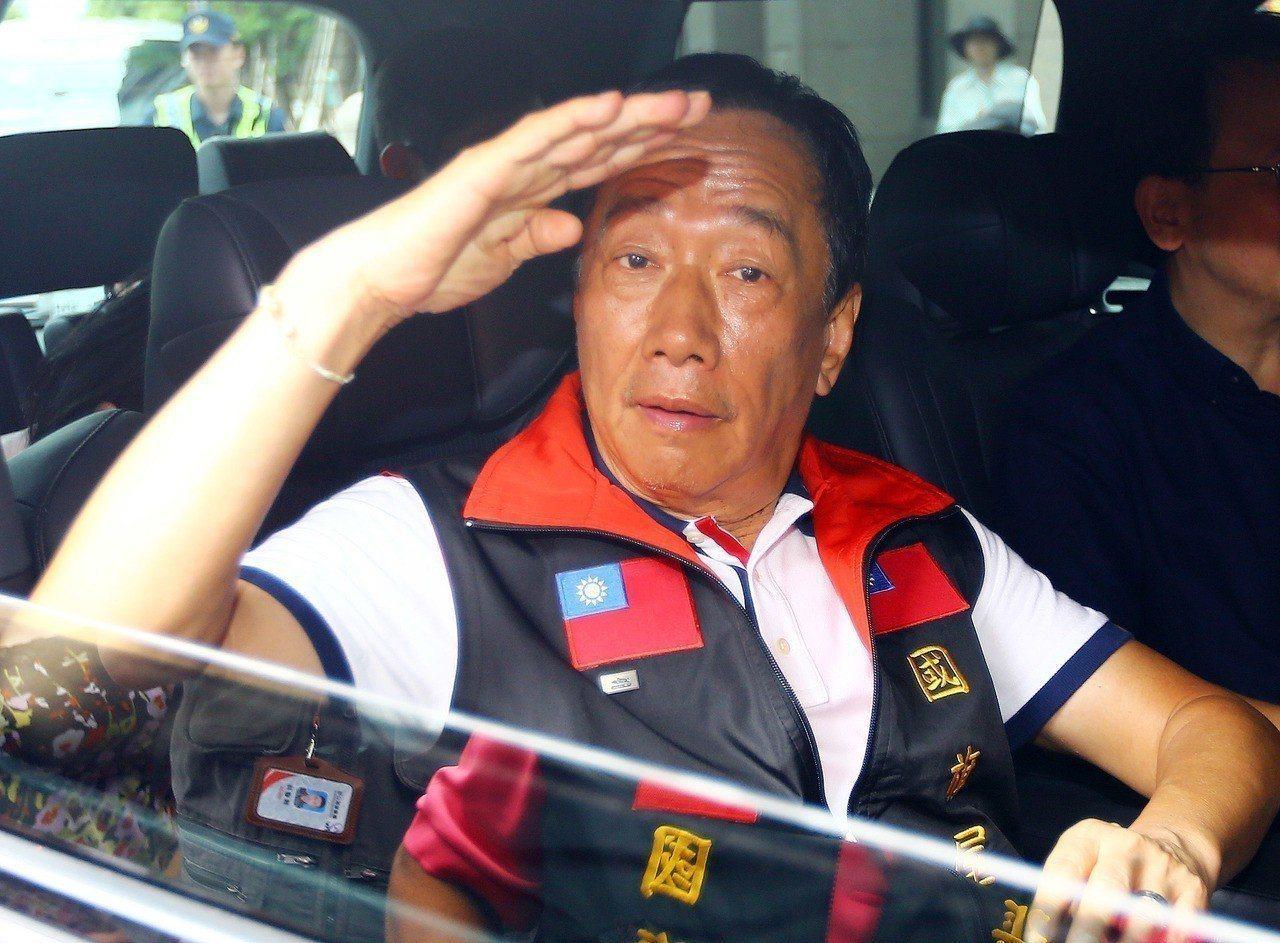 郭台銘坦承,現在他在民調上有落後危機、非常告急。 記者杜建重/攝影