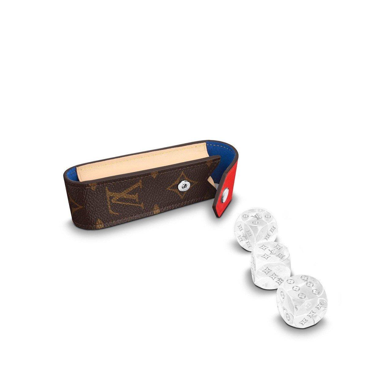 Steve骰子袋,售價18,300元。圖/取自官網