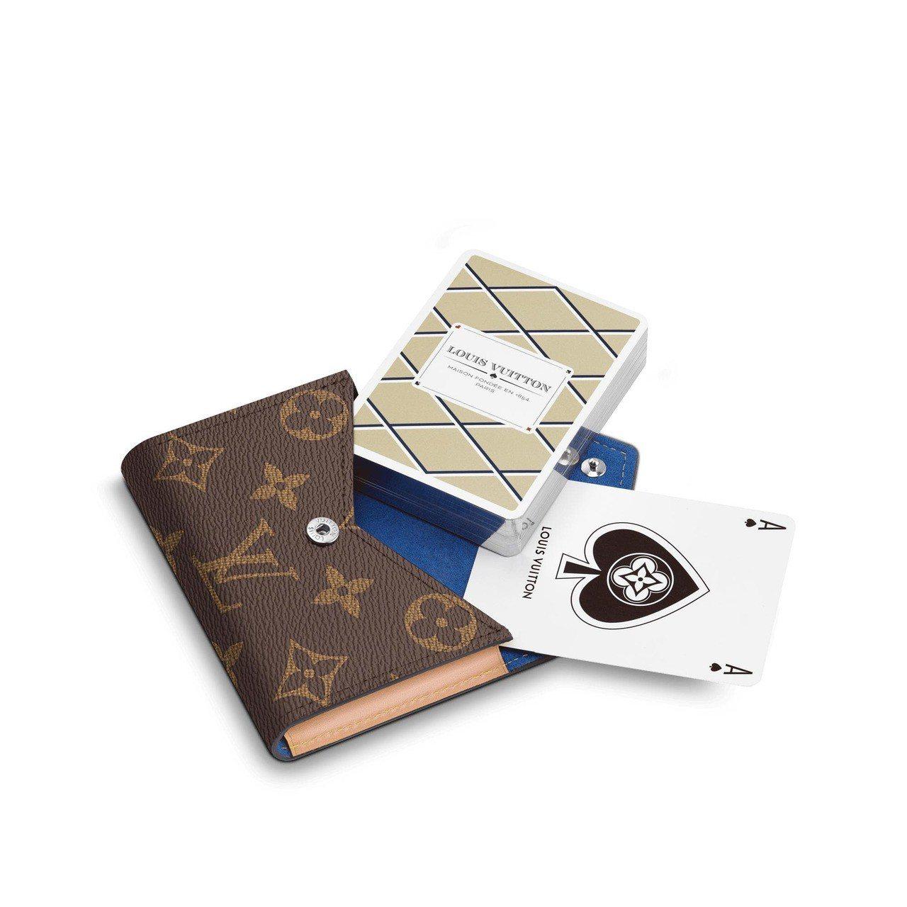 Arsene撲克牌及袋,售價16,300元。圖/取自官網