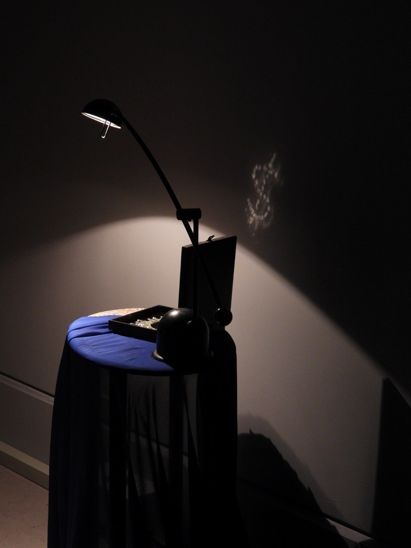 奇美博物館影子魔幻展邀請全球頂尖大師,各種光影創作開啟參觀者對影子的想像。記者周...