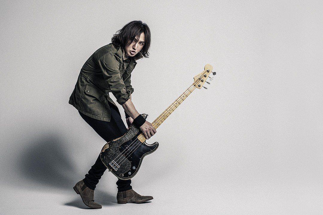 LUNA SEA受Fender搖滾精神感召簽訂合作契約。圖/海國樂器提供