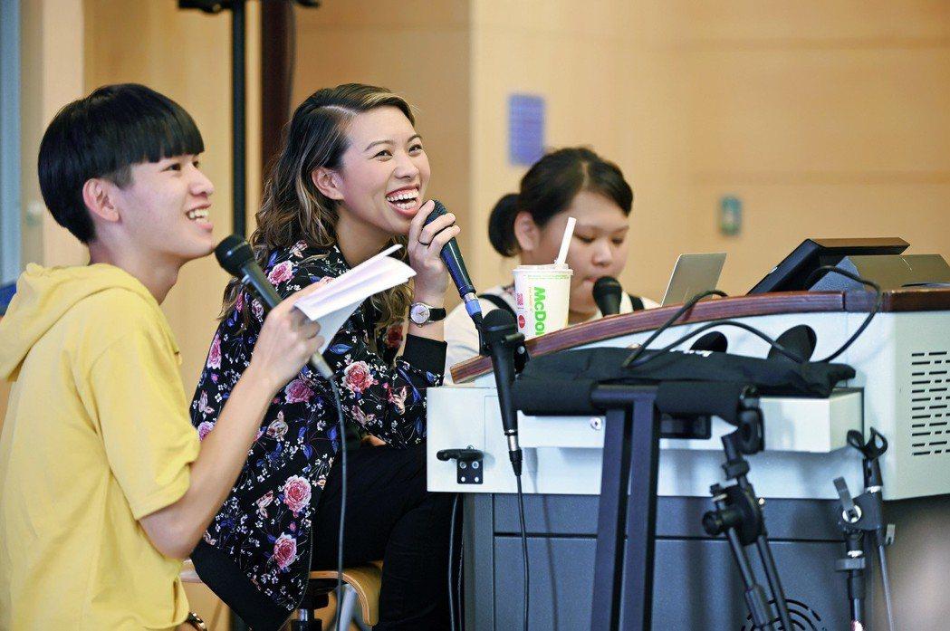 葛仲珊授課展現美式幽默與風格。圖/環球音樂提供