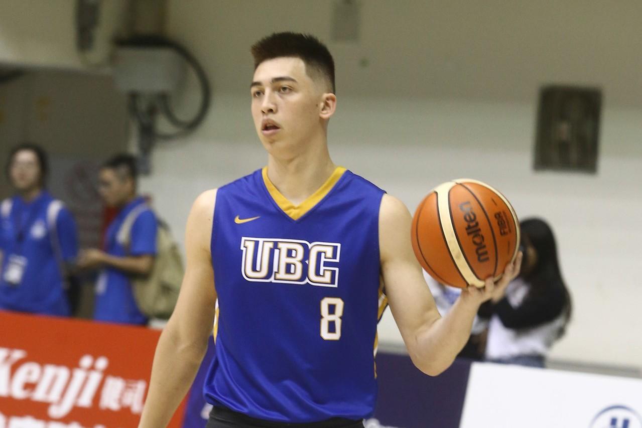 譚傑龍代表UBC攻下14分、8籃板、4助攻。