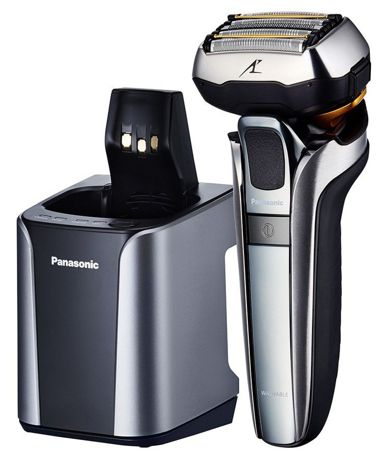 Panasonic五刀頭電鬍刀,全國電子破盤價15,888元,買就送日本製清潔組...