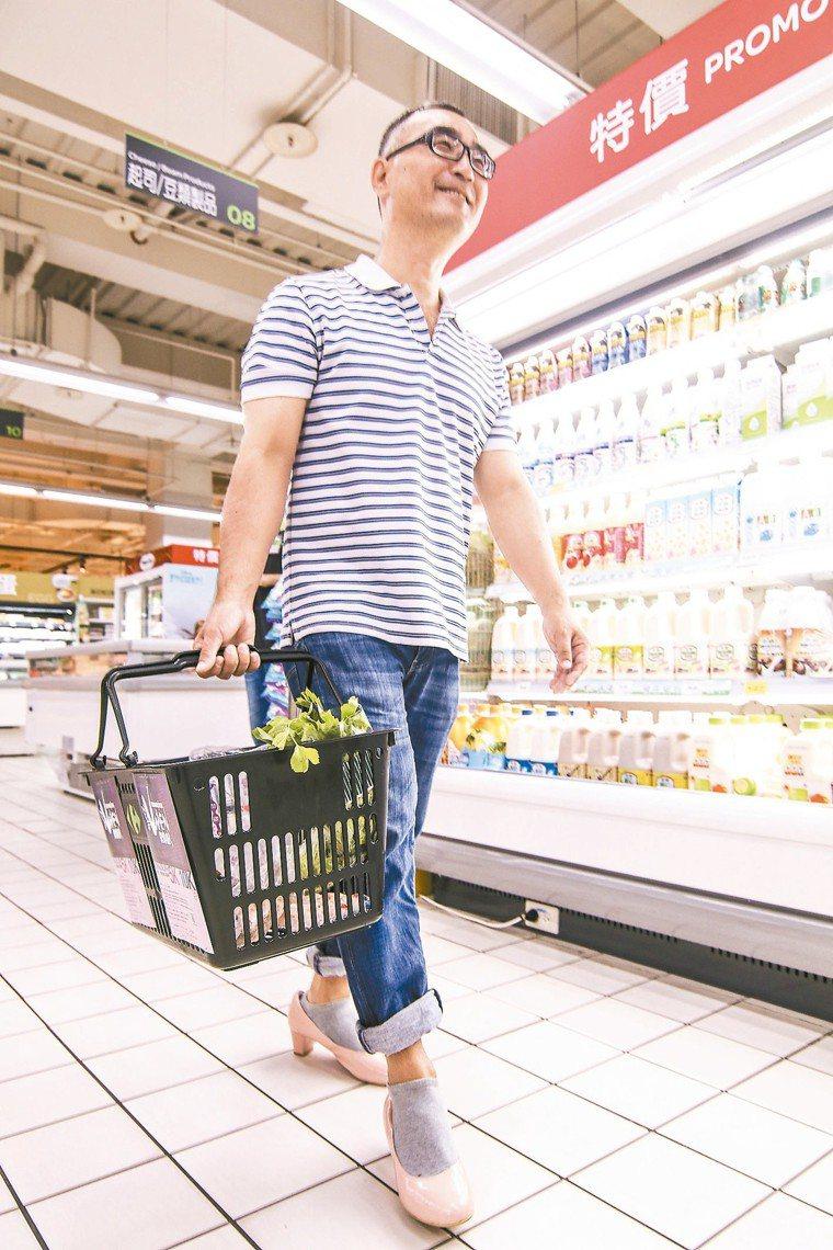 在台灣,由爸爸負責家庭的飲食採買,仍占少數。圖/聯合報系資料照片