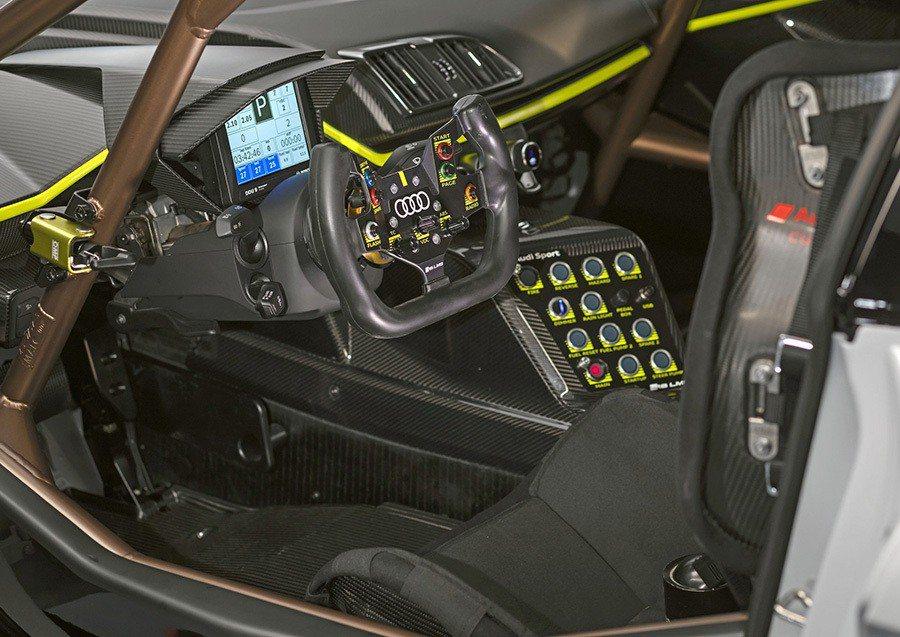 Audi Sport提供