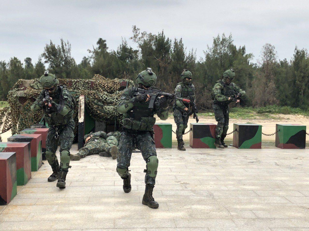 金防部營區又發現有士兵疑因酒駕撞樹自摔,經搶救仍回天乏術。圖/金防部提供