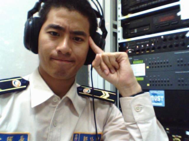 郭岱軒以前替代役就有廣播經驗。圖/艾迪昇傳播提供