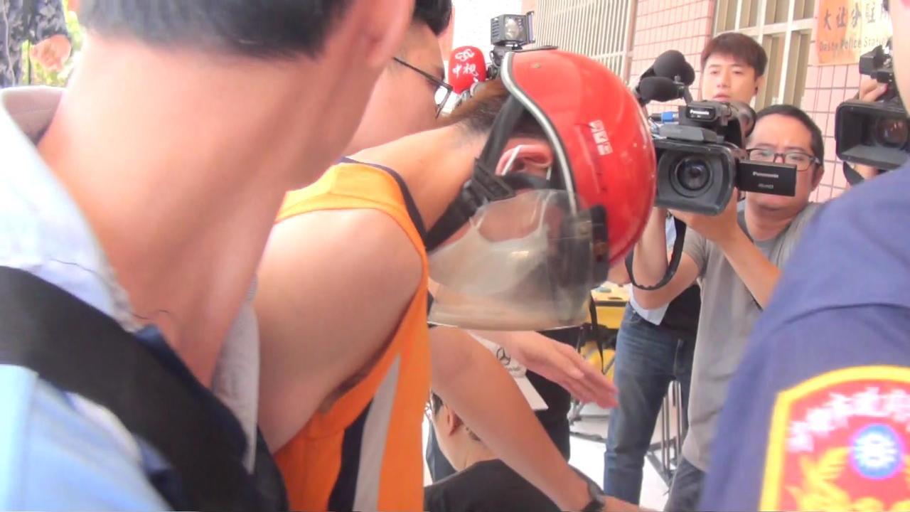 韓姓男子今早在大社果菜市場持刀刺殺女兒母親後,警方火速於4小時內破案。記者王昭月...