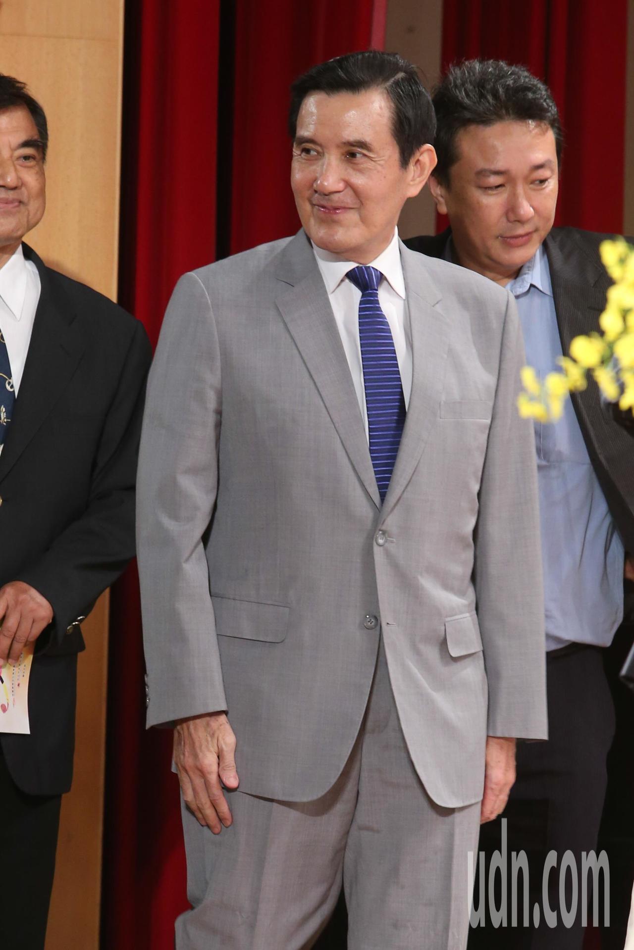 前總統馬英九今天出席「2019兩岸合唱音樂饗宴」開幕儀式,談到兩岸關係他表示,兩...