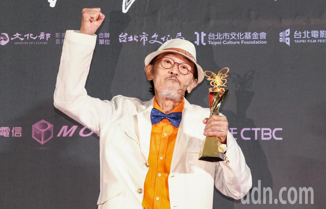 台北電影獎最佳男主角,由老大人男主角小戽斗獲得。記者曾原信/攝影