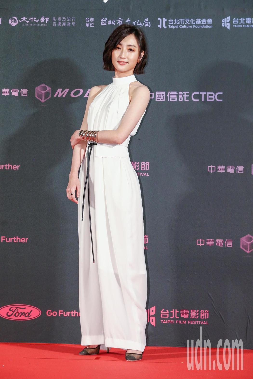 台北電影獎頒獎人柯佳嬿配戴寶格麗珠寶。記者曾原信/攝影