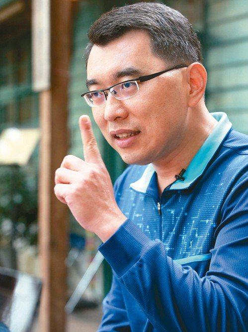 前台灣財經節目主持人楊世光是上海仟和億公司的重要台柱。圖/聯合報系資料照片