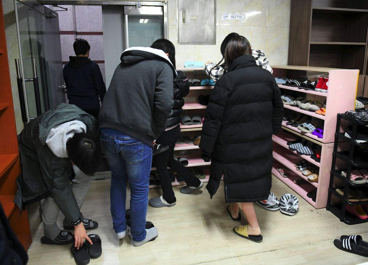 有些脫北者1990年代因為饑荒被迫放棄學業,以致於逃到南韓時幾乎不識字。 (法新...