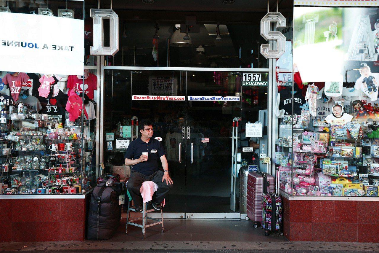 店家無法營業。美聯社