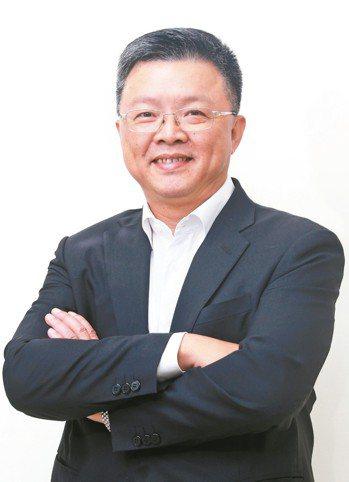 台鹽董事長陳啟昱