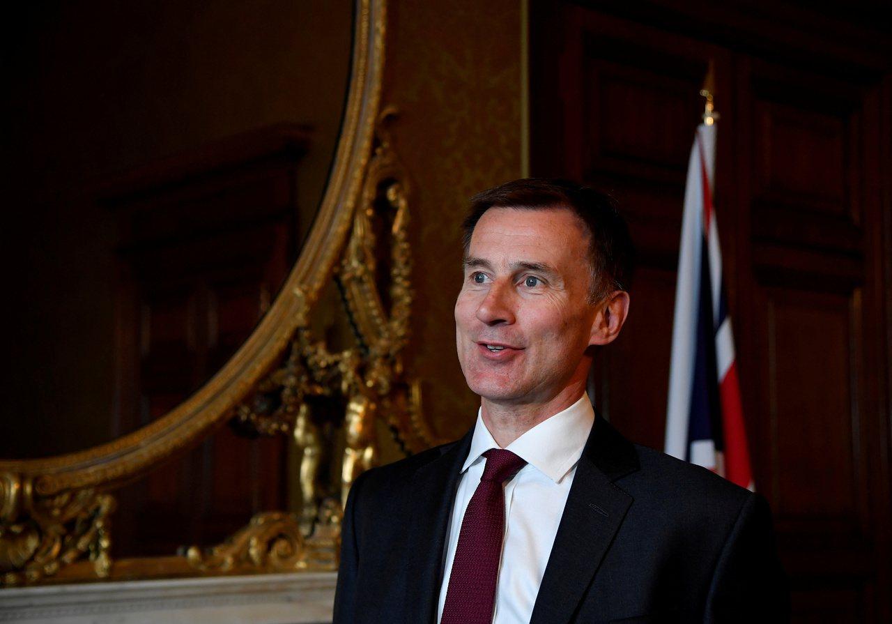 英國外相杭特13日表示,只要伊朗保證那艘被英國扣押的伊朗籍油輪不會把石油運到敘利...