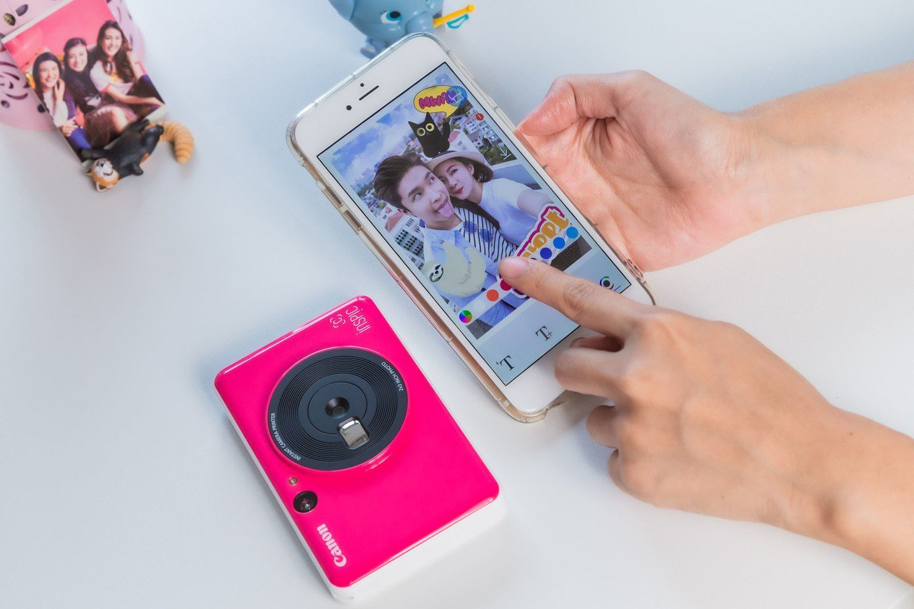 iNSPiC拍可印相機配合專屬App,可進行更多影像編輯創作。圖/Canon提供