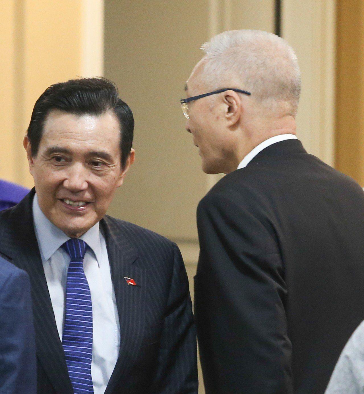前總統馬英九上午出席台灣與民主的距離研討會開幕,他抨擊蔡英文總統常說台灣因為民主...