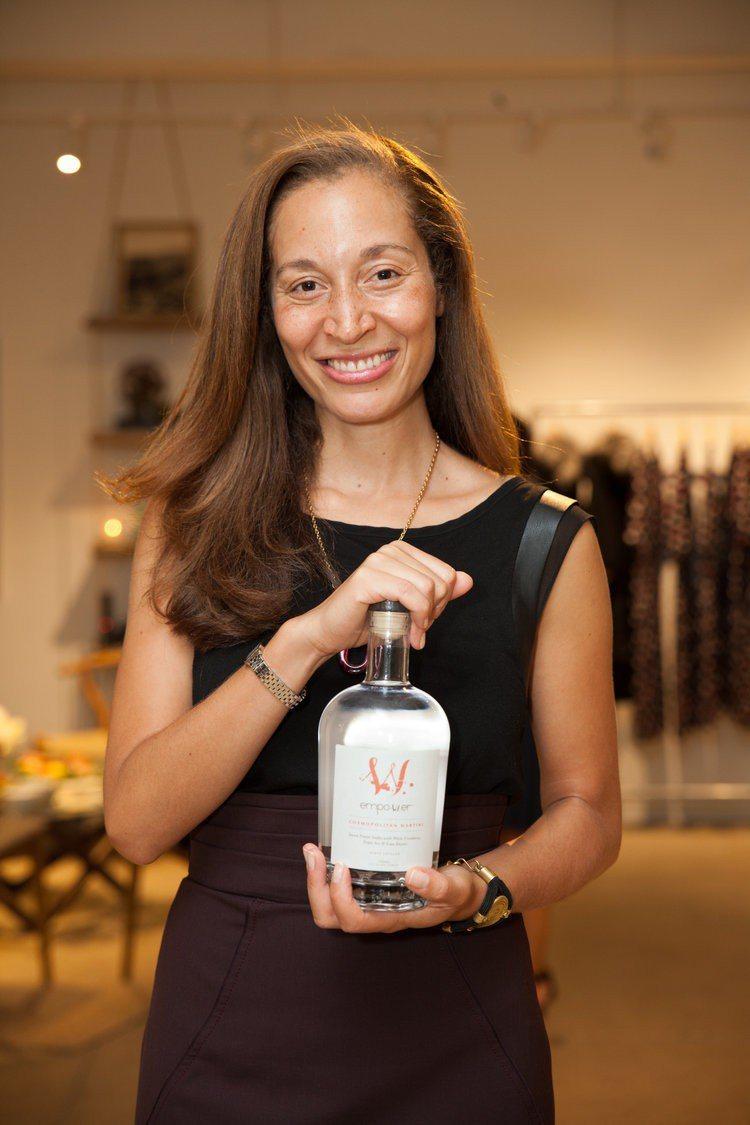 蒂芬妮‧霍爾(Tiffany Hall)離開法國龍頭酒商,以賦權女性為理念建立自...