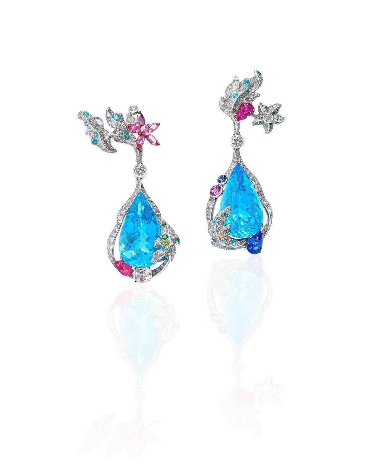 Anna Hu海之頌海水藍寶耳環,以兩顆海水藍寶為主石,搭配彩色剛玉、黃鑽、玫瑰...