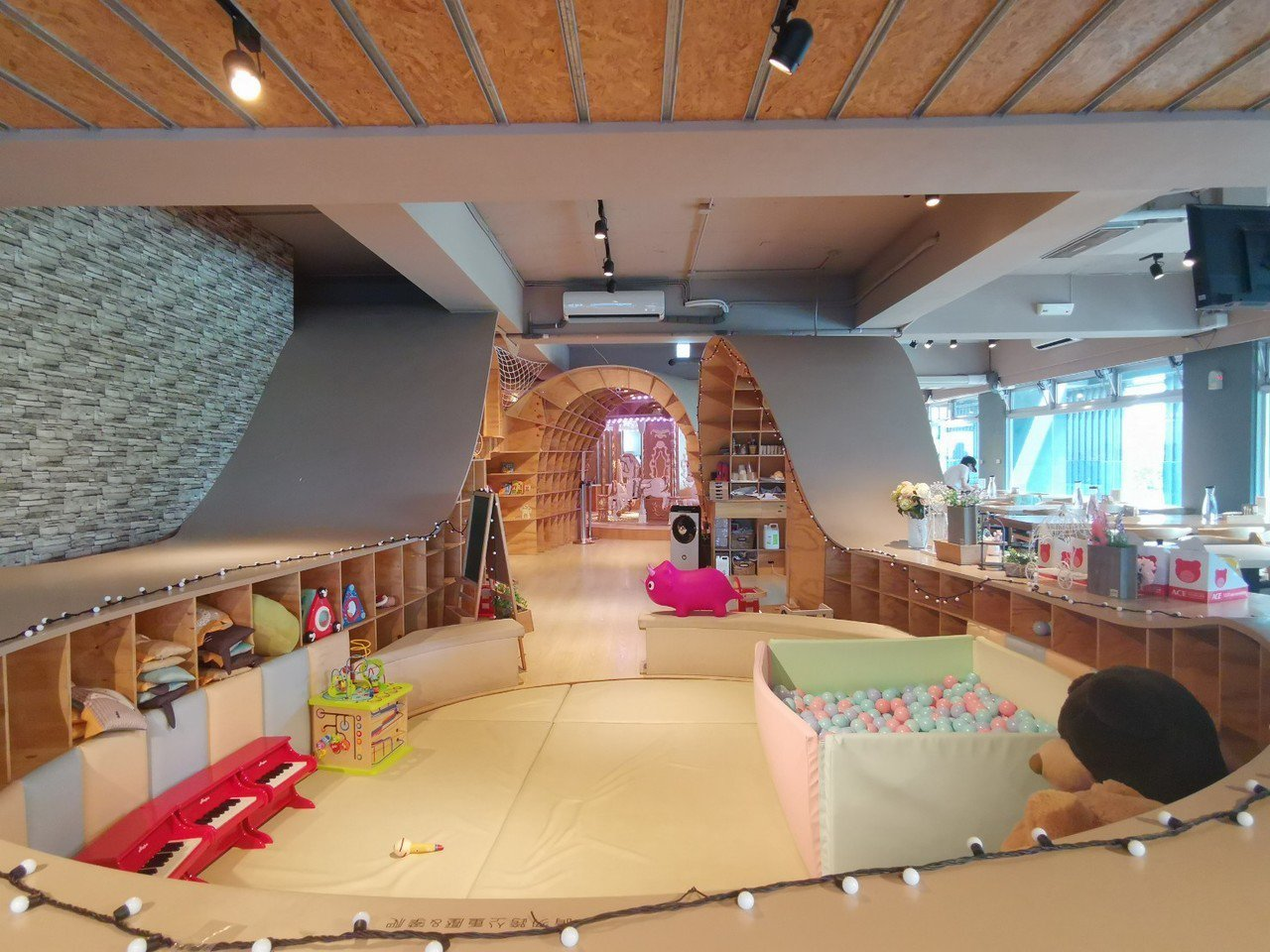MONEYJUMP的0-2歲寶寶遊戲區。記者韓化宇/攝影