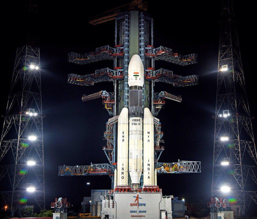 印度原定15日發射火箭登月,但因技術問題喊卡。(歐新社)