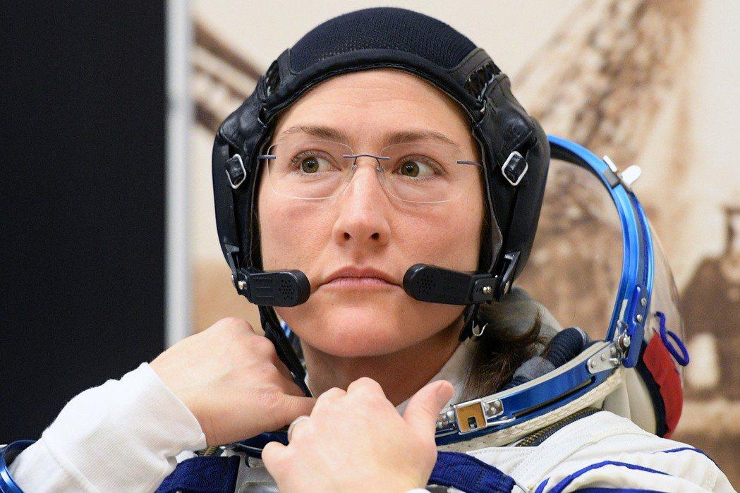 美國阿提米絲計畫2024年打算送女太空人登月。圖為女太空人克莉絲緹娜.寇克。(法...