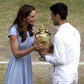 凱特王妃親頒獎盃給約克維奇 她每回看球都是溫布頓網球賽場邊最美風景
