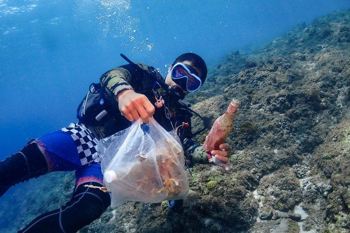 B 型企業台灣潛水把對海洋的關懷融入到潛水體驗中。 圖/台灣潛水提供