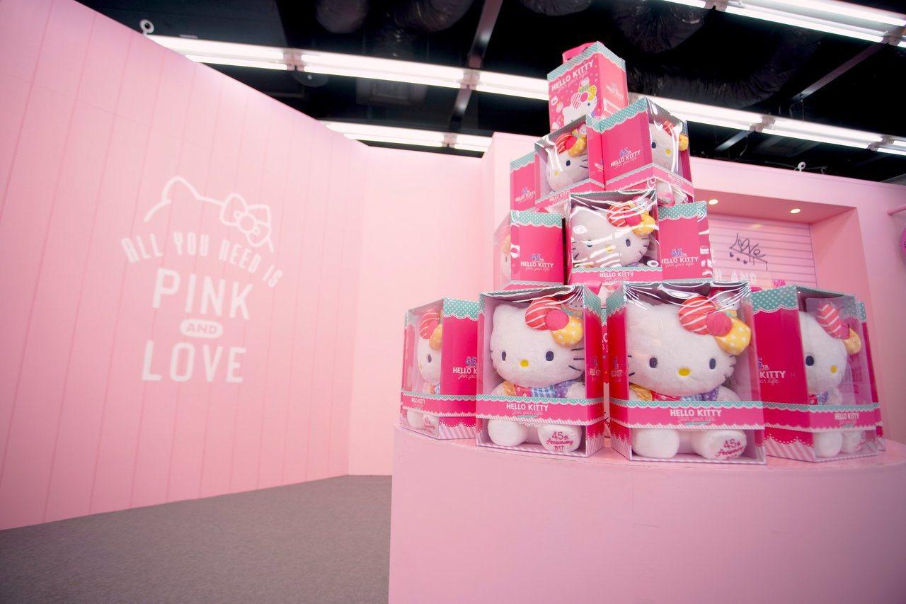 圖/取自「三麗鷗粉紅閨蜜期間限定店 Pinkholic Pop-Up Store...