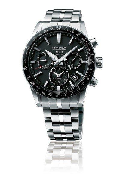 世界球王約克維奇配戴SEIKO Astron「5X系列」腕表,鈦金屬表殼,約70...