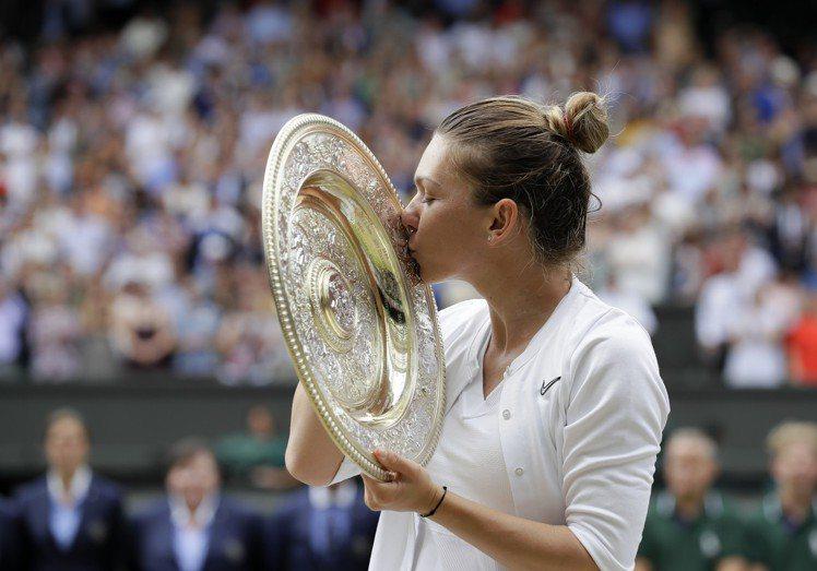 今年獲得溫布頓網球錦標賽女子單打冠軍的名將哈蕾普則是宇舶表(HUBLOT)的品牌...
