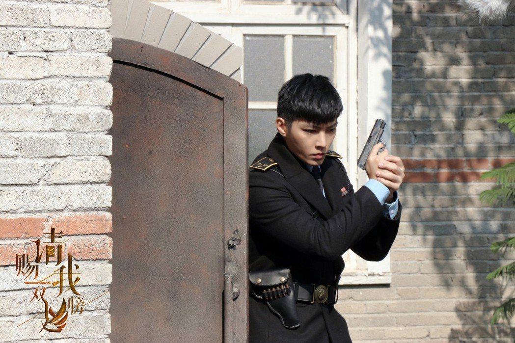 炎亞綸詮釋心思縝密、拳腳了得的偵查隊長。圖/北京東方飛雲影視提供