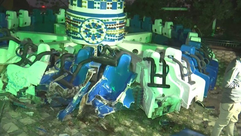 印度西部古吉拉特邦大城阿默達巴德(Ahmedabad)的一間遊樂園,14日發生嚴...