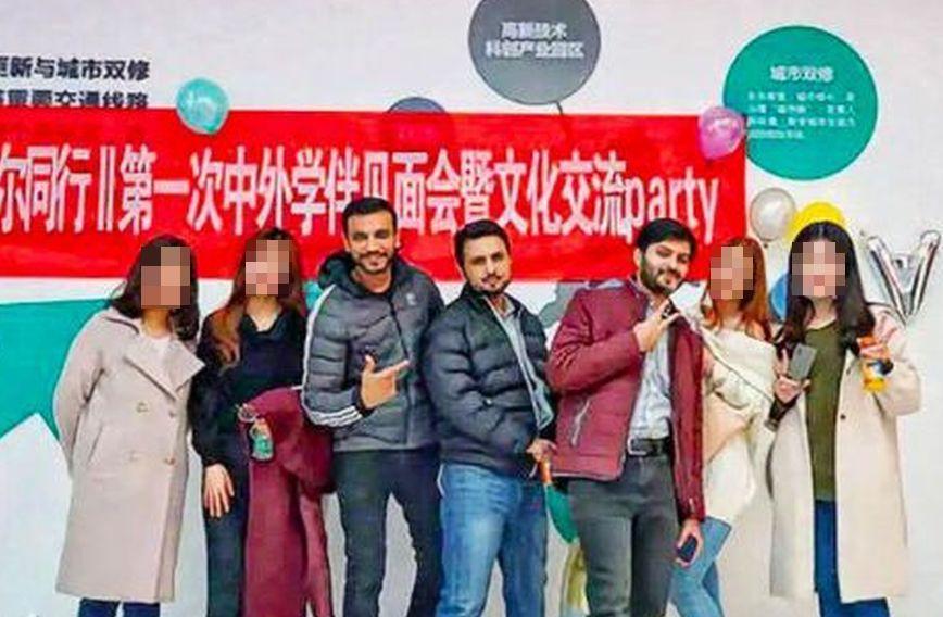 參與學伴制的成員表示,「這是弘揚中國文化的活動」。 (新浪微博照片)