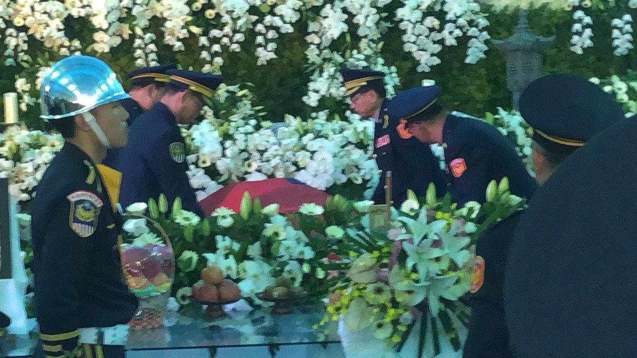 英勇殉職的鐵路警察李承翰告別式今天上午9時開始。記者李承穎/攝影