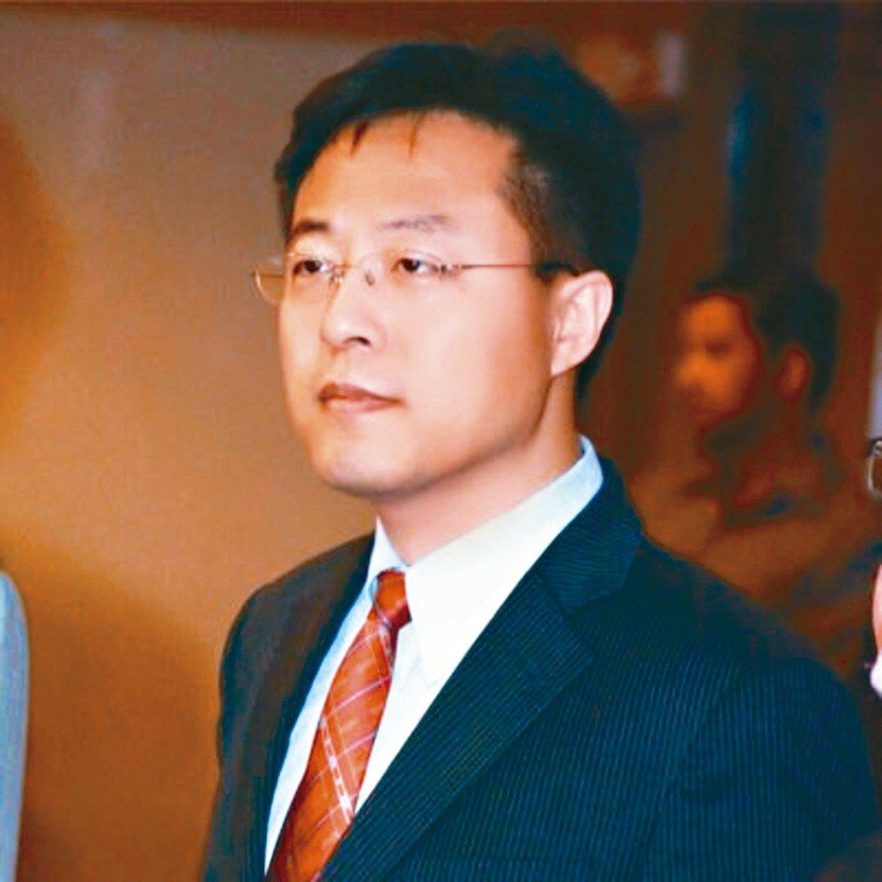 中國大陸外交官趙立堅(見圖)和美國前國家安全顧問萊斯在推特上辯論。 圖/趙立堅推...