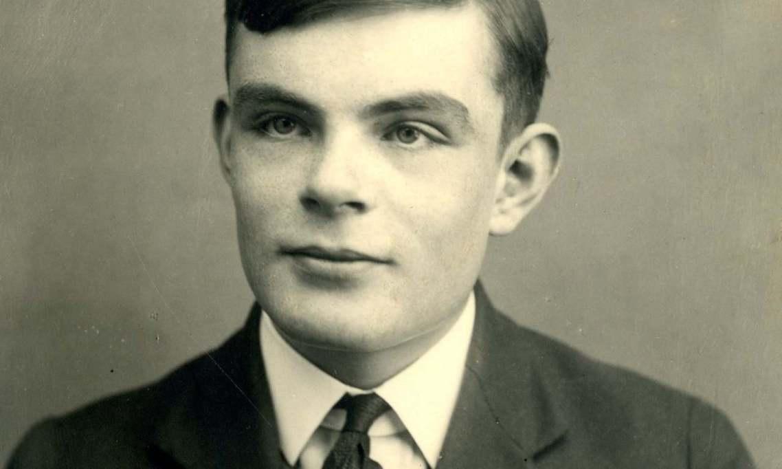 「作為電腦科學與人工智慧之父,同時還是個二戰英雄,圖靈是貢獻巨大的開拓先鋒。站在...