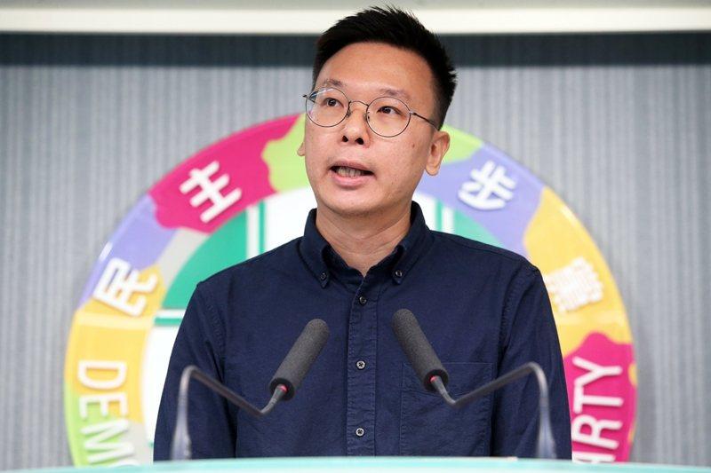 7月15日,民進黨宣布由太陽花學運領袖林飛帆(圖)接任民進黨副秘書長。 圖/聯合報系資料照